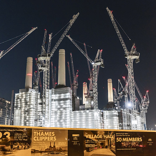 Transformation former coal-fired Battersea Power Station into Real Estate. London GB 2019