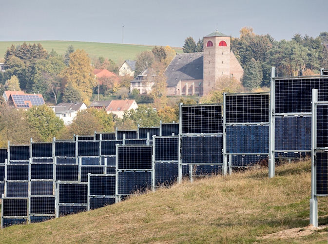 Bifaciales Solarkraftwerk bei Eppelborn Dirmingen 2018
