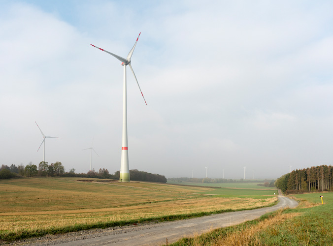 Windpark im Morgennebel Alsfeld 2018
