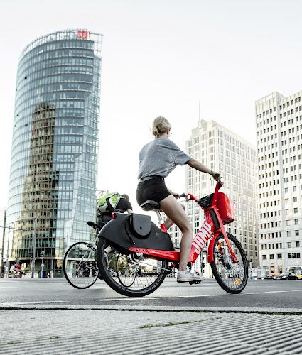 Electric Bikes erobern Potsdamer Platz Berlin 2019
