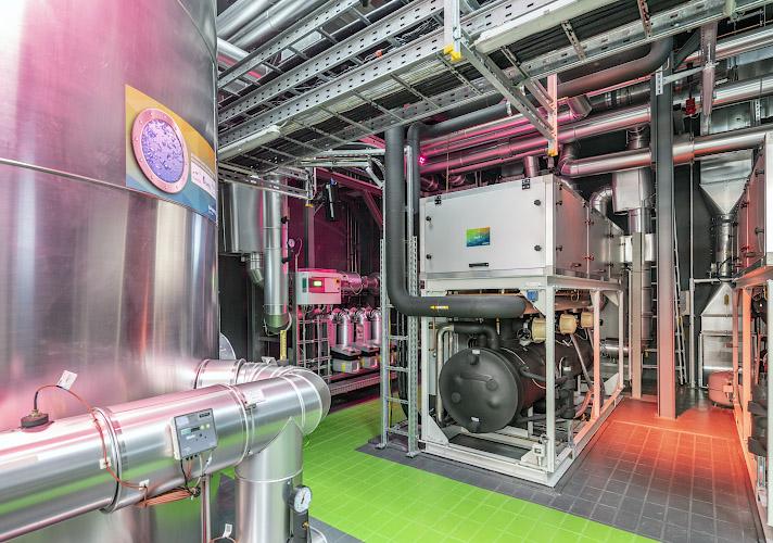 EUREF CAMPUS - Reallabor der Energiewende. Ausstellung in Energiewerkstatt. Berlin 2019